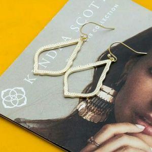 NWT Kendra Scott SOPHIA Earrings